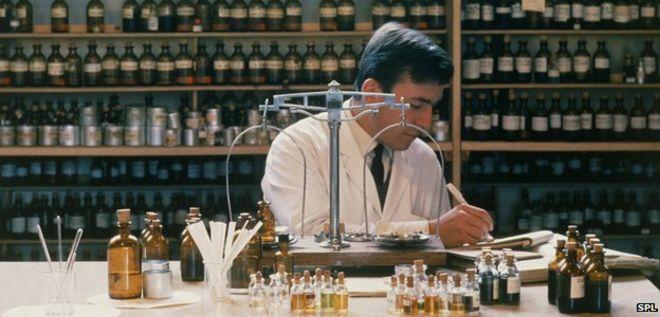 تغییر در فرمول بندی عطرها و افت کیفیت عطرها